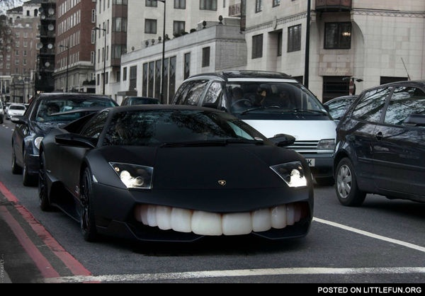 Lamborghini Nero Nemesis with teeth