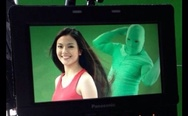Green ninjas help shampoo commercial actresses do their hair swing