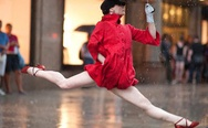 Ballerina with umbrella. Haters gonna hate.