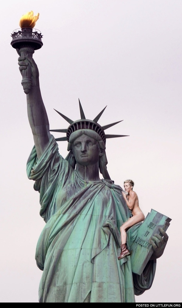 Miley Cyrus on the Statue of Liberty