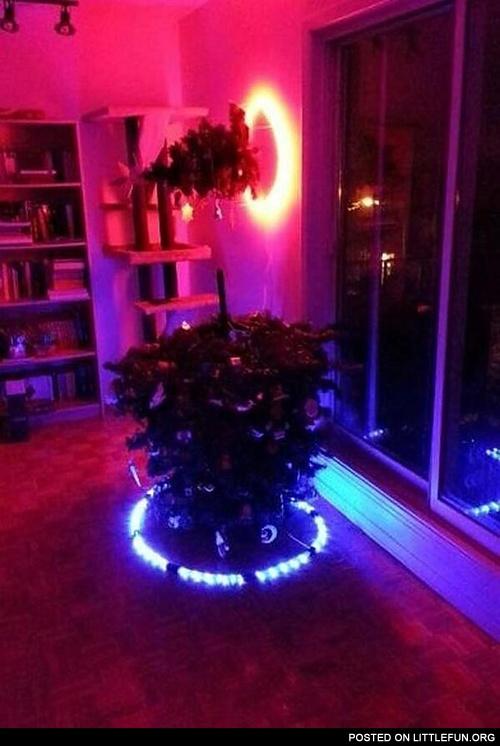 LittleFun - Portal Christmas tree.